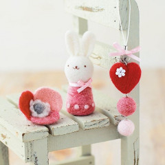 Japan Hamanaka Wool Needle Felting Kit - Heart Strap & Flower Brooch & Rabbit