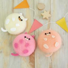Japan Hamanaka Aclaine Needle Felting Kit - Pink Macaron Cats