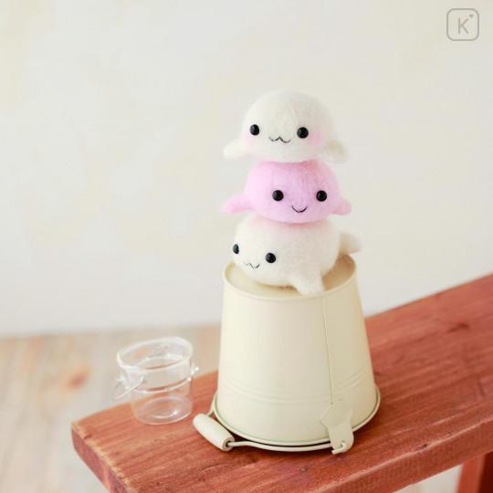Japan Hamanaka Wool Needle Felting Kit - Seal Siblings - 2