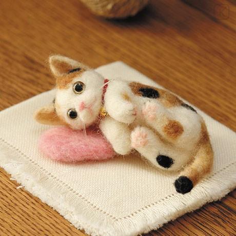 Japan Hamanaka Wool Needle Felting Kit - Calico Cat - 1