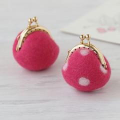 Japan Hamanaka Wool Needle Felting Kit - Cherry Pink & White Dots Purse