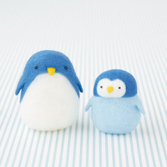 Japan Hamanaka Aclaine Needle Felting Kit - Squishy Penguin
