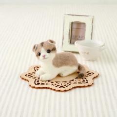 Japan Hamanaka Wool Needle Felting Kit - Scottish Fold Cat