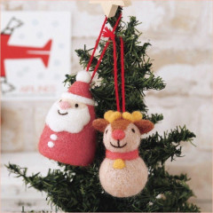 Japan Hamanaka Wool Needle Felting Kit - Christmas Santa & Reindeer