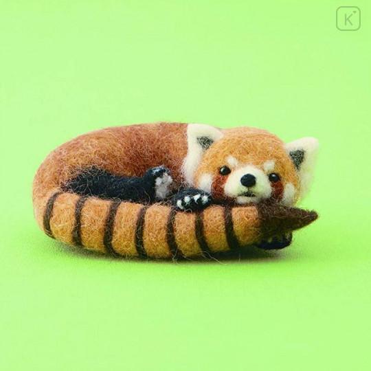 Japan Hamanaka Wool Needle Felting Kit - Red Panda - 1